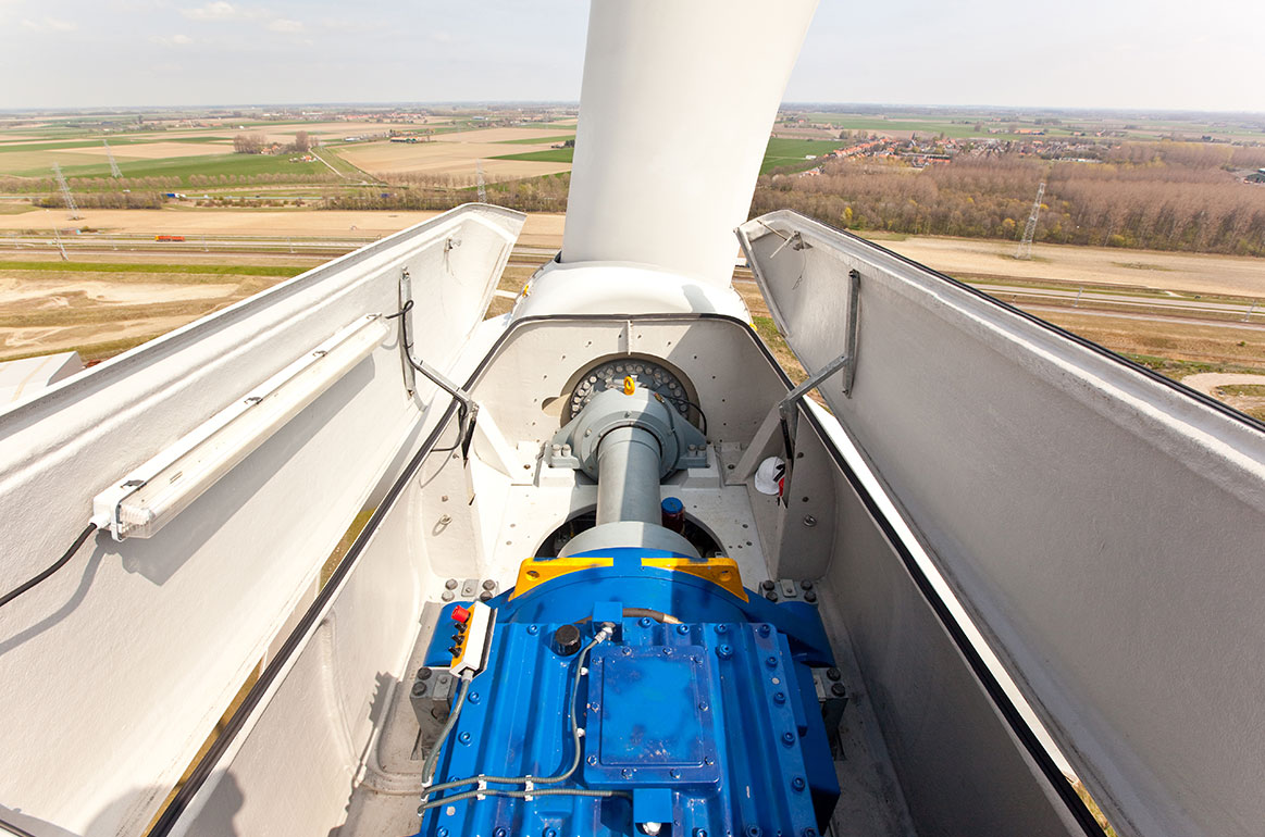 View of a wind turbine inspection from the top at the propellor